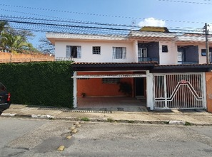 Ver mais detalhes de Casa com 3 Dormitórios  em Jardim Vila Galvão - Guarulhos/SP
