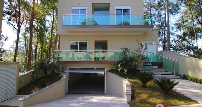 Ver mais detalhes de Casa com 5 Dormitórios  em Tucuruvi - São Paulo/SP