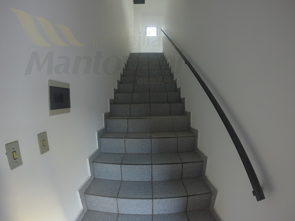 Escada Acesso Area Superior