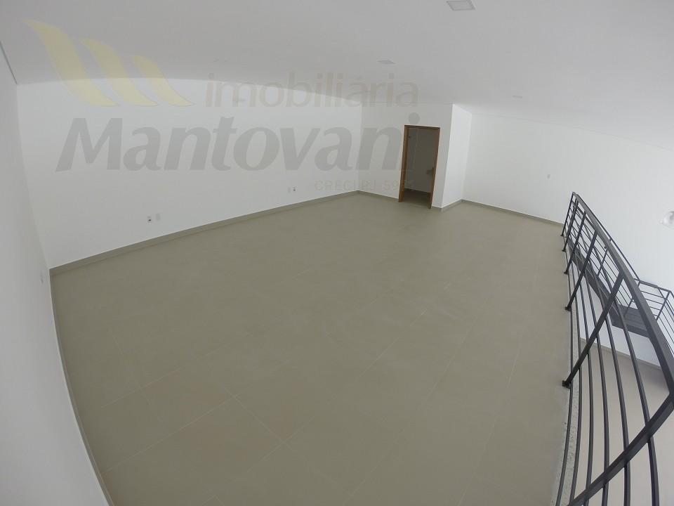 Mazanino e Banheiro