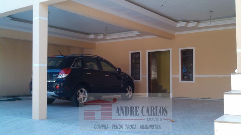 Ampla garagem