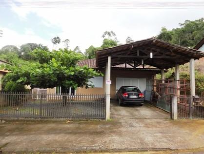 Ver mais detalhes de Casa com 3 Dormitórios  em Nova Brasília - Joinville/SC