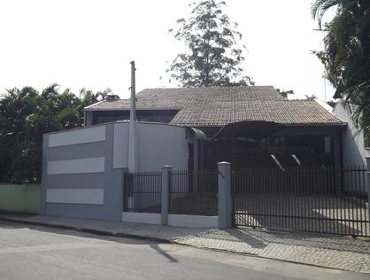 Ver mais detalhes de Casa com 4 Dormitórios  em Anita Garibaldi - Joinville/SC