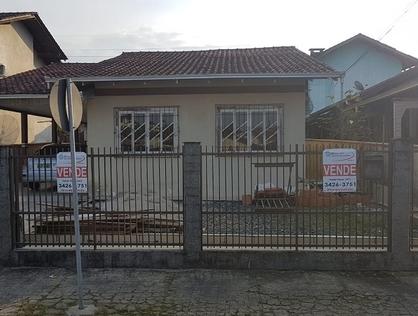 Ver mais detalhes de Casa com 5 Dormitórios  em Costa e Silva - Joinville/SC