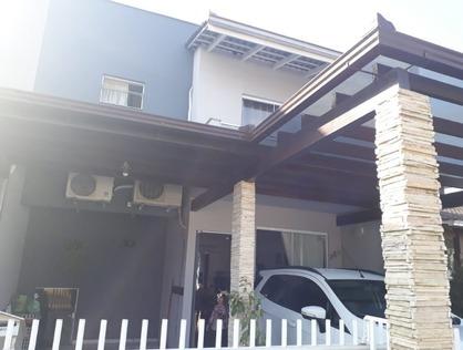 Ver mais detalhes de Casa com 3 Dormitórios  em Boehmerwald - Joinville/SC