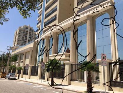 Ver mais detalhes de Apartamento com 4 Dormitórios  em Campolim - Sorocaba/SP