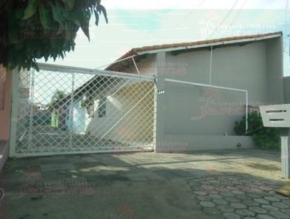 Ver mais detalhes de Apartamento com 2 Dormitórios  em Centro - 1º Distrito - Ji-Paraná/RO