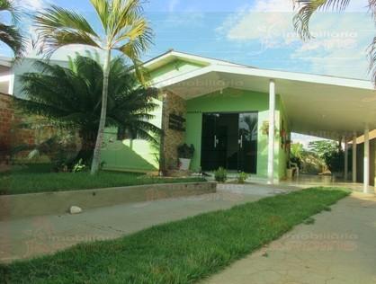 Ver mais detalhes de Casa com 2 Dormitórios  em Jardim Presidencial - 1º Distrito - Ji-Paraná/RO
