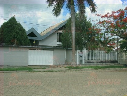 Ver mais detalhes de Casa com 4 Dormitórios  em Dom Bosco - 1º Distrito - Ji-Paraná/RO