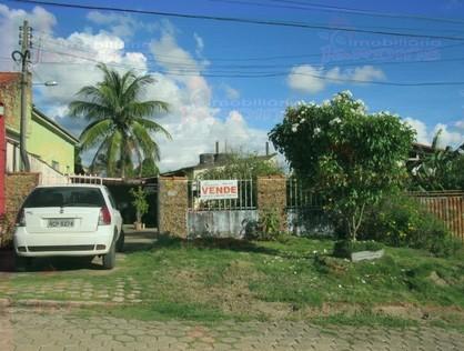 Ver mais detalhes de Casa com 2 Dormitórios  em Centro - 1º Distrito - Ji-Paraná/RO