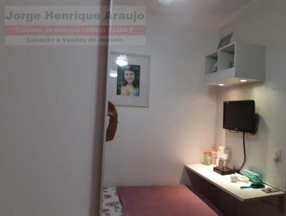 Ver mais detalhes de Casa com 4 Dormitórios  em Centro - Osasco/SP
