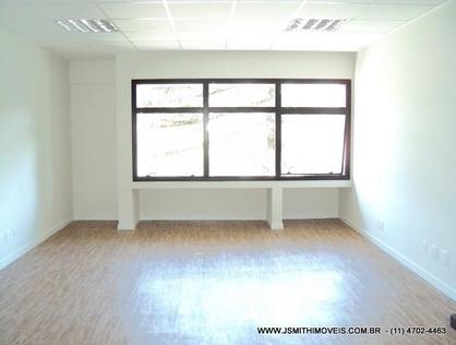 Ver mais detalhes de Comercial com 0 Dormitórios  em Granja Viana - Cotia/SP