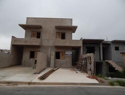 Ver mais detalhes de Casa com 3 Dormitórios  em Jardim Rio das Pedras - Cotia/SP