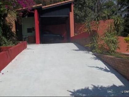 Ver mais detalhes de Casa com 6 Dormitórios  em Chácara Pavoeiro - Cotia/SP