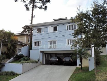 Ver mais detalhes de Casa com 4 Dormitórios  em Golf Gardens - Carapicuíba/SP