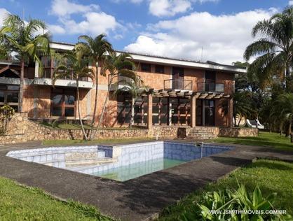 Ver mais detalhes de Casa com 5 Dormitórios  em Fazendinha - Carapicuíba/SP