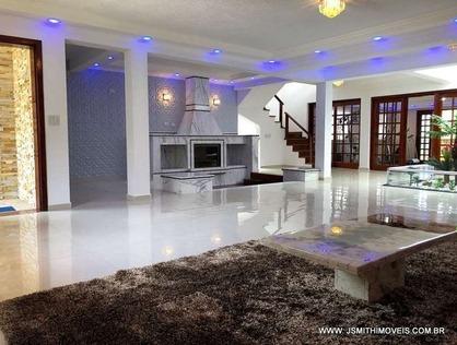 Ver mais detalhes de Casa com 5 Dormitórios  em Algarve - Cotia/SP