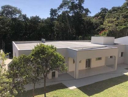 Ver mais detalhes de Casa com 4 Dormitórios  em Recanto Impla - Carapicuíba/SP