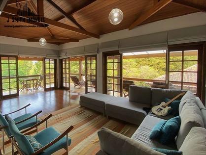 Ver mais detalhes de Casa com 4 Dormitórios  em Chácara Vale do Rio Cotia - Carapicuíba/SP