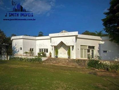 Ver mais detalhes de Casa com 5 Dormitórios  em Chácara dos Junqueiras - Carapicuíba/SP