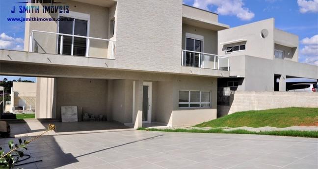Ver mais detalhes de Casa com 3 Dormitórios  em Jardim do Golf I - Jandira/SP
