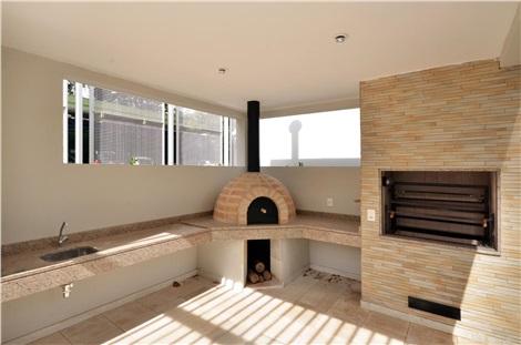 Churrasqueira / forno de pizza e pão
