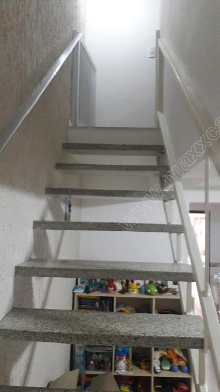 Acesso ao piso superior