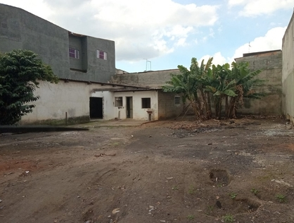Ver mais detalhes de Terreno com 0 Dormitórios  em Jd Pres Dutra - Guarulhos/SP