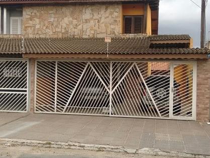 Ver mais detalhes de Casa com 3 Dormitórios  em Jardim Bom Clima - Guarulhos/SP