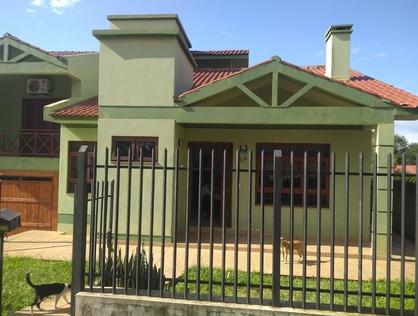 Ver mais detalhes de Casa com 2 Dormitórios  em Azambuja - Cruz Alta/RS