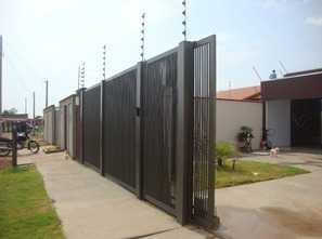 Ver mais detalhes de Casa com 3 Dormitórios  em Jardim das Seringueiras - Ji-Paraná/RO