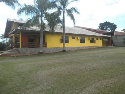 Ver mais detalhes de Casa com 4 Dormitórios  em Aurélio Bernardi - Ji-Paraná/RO
