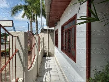 Ver mais detalhes de Casa com 3 Dormitórios  em Centro - Ji-Paraná/RO