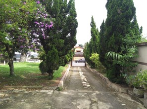 Ver mais detalhes de Casa com 3 Dormitórios  em Santana - Pindamonhangaba/SP
