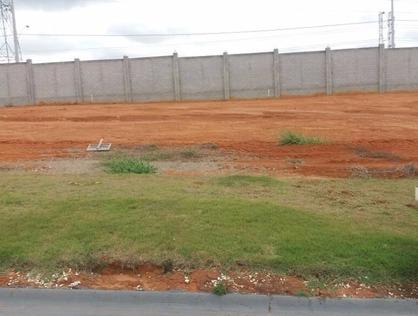 Ver mais detalhes de Terreno com 0 Dormitórios  em Colonial village II - Pindamonhangaba/SP