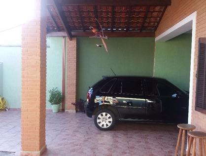 Ver mais detalhes de Casa com 3 Dormitórios  em Andrade - Pindamonhangaba/SP