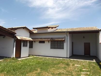 Ver mais detalhes de Casa com 3 Dormitórios  em Campo Belo - Pindamonhangaba/SP