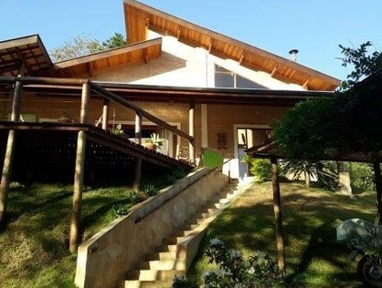 Ver mais detalhes de Casa com 3 Dormitórios  em Barreiro - Santo Antônio do Pinhal/SP