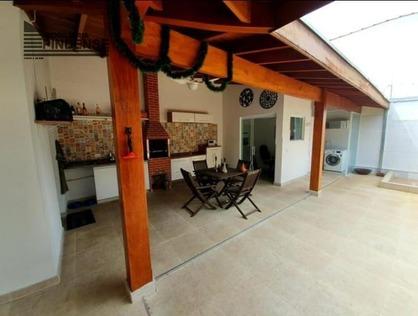 Ver mais detalhes de Casa com 3 Dormitórios  em Cond. Wonder - Pindamonhangaba/SP