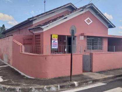 Ver mais detalhes de Casa com 3 Dormitórios  em Centro - Pindamonhangaba/SP
