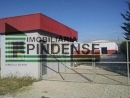 Ver mais detalhes de Comercial com 0 Dormitórios  em Moreira César - Pindamonhangaba/SP