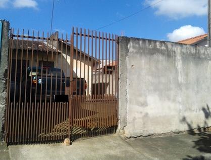 Ver mais detalhes de Casa com 1 Dormitórios  em Araretama - Pindamonhangaba/SP