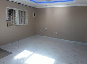 Ver mais detalhes de Casa com 3 Dormitórios  em Centro - Poá/SP