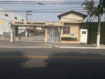 Ver mais detalhes de Casa com 2 Dormitórios  em Vila Acoreana - Poá/SP