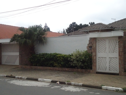 Ver mais detalhes de Casa com 3 Dormitórios  em Jardim Medina - Poá/SP