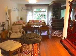 Ver mais detalhes de Apartamento com 4 Dormitórios  em Alto de Pinheiros - São Paulo/SP