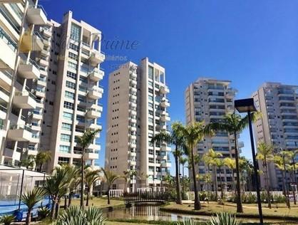 Ver mais detalhes de Apartamento com 3 Dormitórios  em Tamboré - Santana de Parnaíba/SP