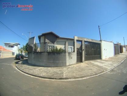 Ver mais detalhes de Casa com 2 Dormitórios  em SANTA MÔNICA - São Pedro/SP