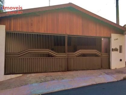 Ver mais detalhes de Casa com 3 Dormitórios  em VILA HELENA - São Pedro/SP