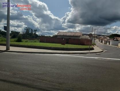 Ver mais detalhes de Terreno com 0 Dormitórios  em JARDIM MARILUZ II - São Pedro/SP